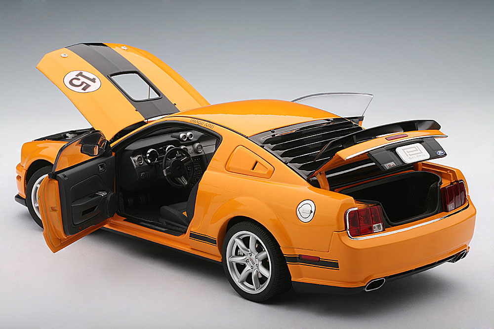 PARNELLI JONES SALEEN MUSTANG #15 – ORANGE  (3)