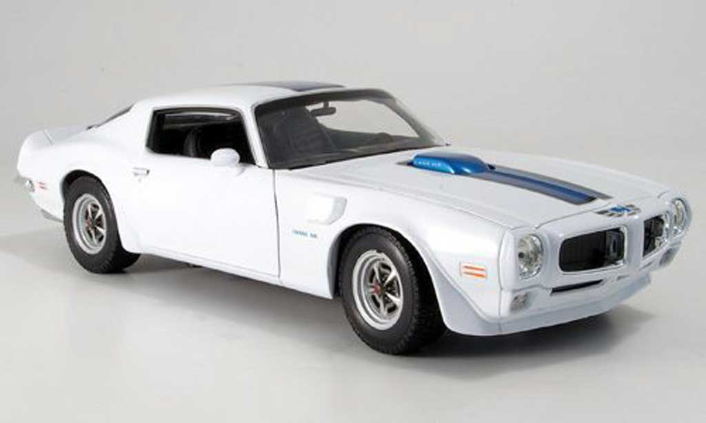 Pontiac Firebird Trans Am 1972 118 by welly (5)