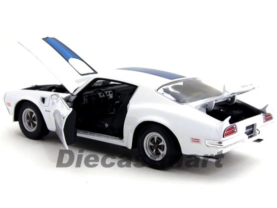 Pontiac Firebird Trans Am 1972 118 by welly (7)