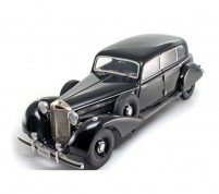 Mercedes-Benz 770k 1937 Scale 1/18 by Signature