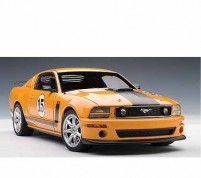 PARNELLI JONES SALEEN MUSTANG #15 -1/18 by Auto Art