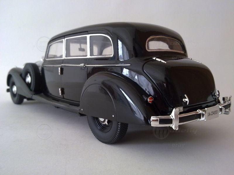 Modelcar Mercedes-Benz 770K  (1:18, Signature Models)