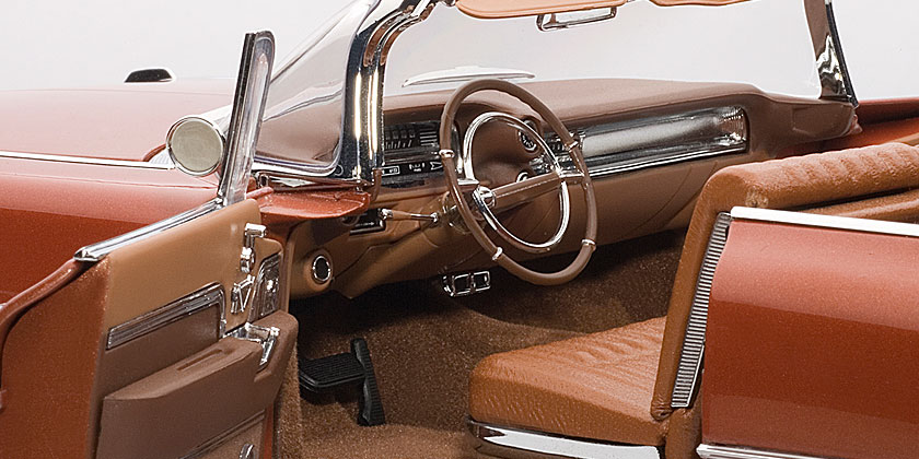 CADILLAC CONVERTIBLE SERIES 62 (5)