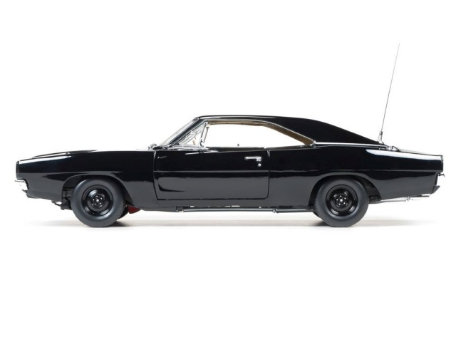 DODGE CHARGER 1969 BLACK AUTOWORLD (3)
