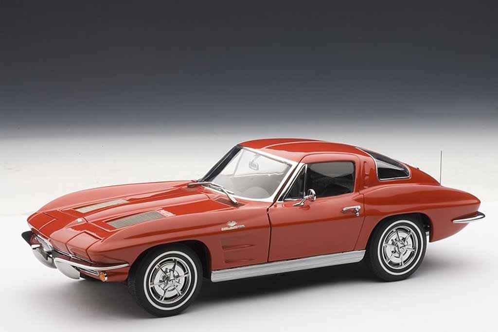 AUTOart 1963 Chevrolet Corvette Coupe (3)