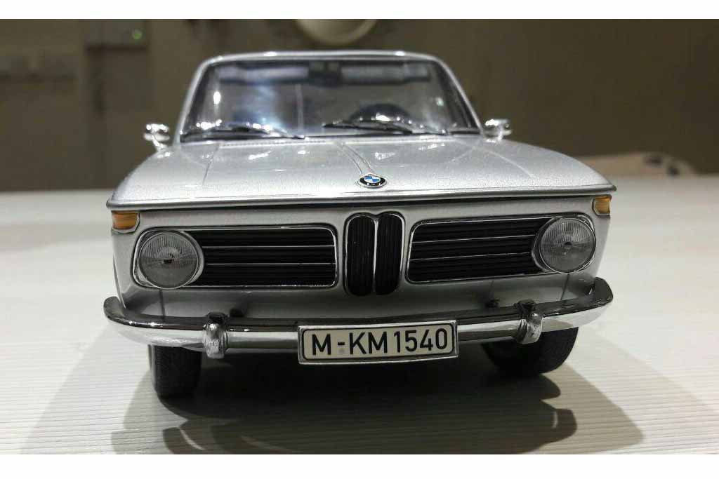 BMW 1600 convertible 1967 By Minichamps (5)