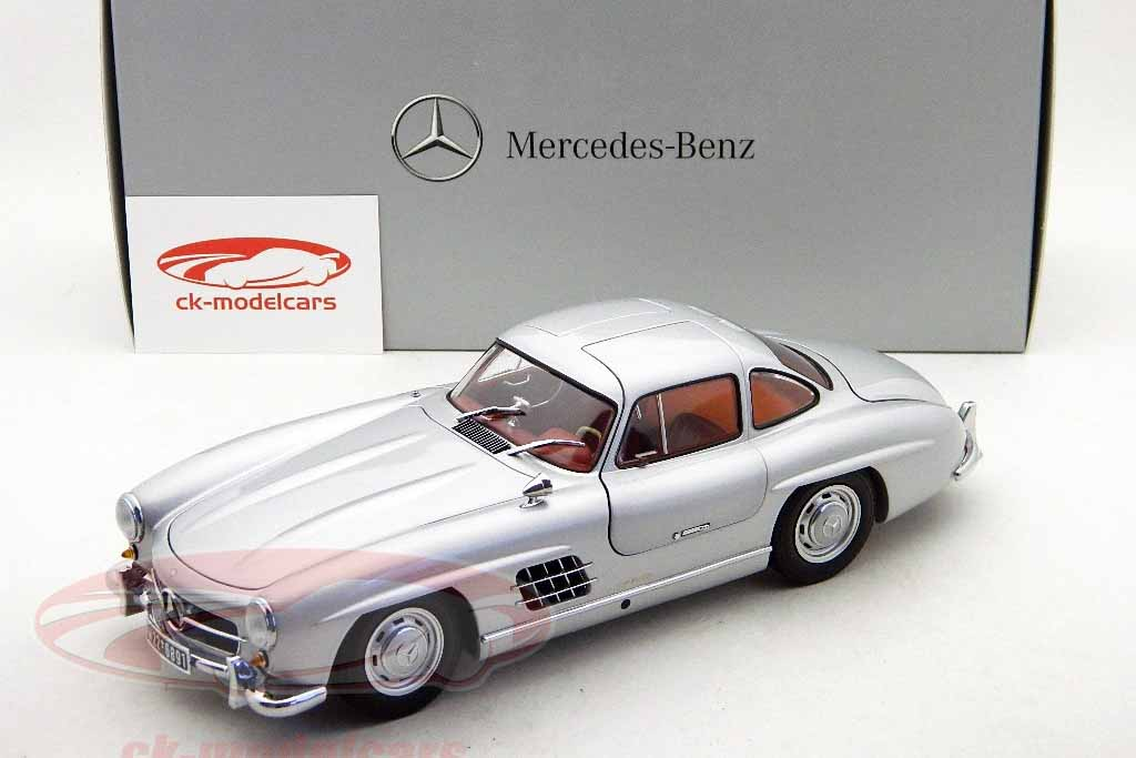 MERCEDES BENZ 300 GULLWING MINICHAMPS (1)