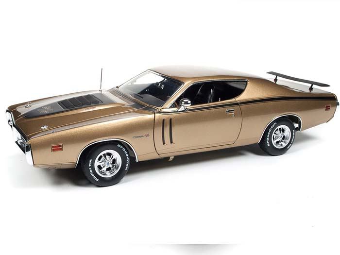 AMM1086-R2-GOLD-1971-Dodge-Charger-RT (7)