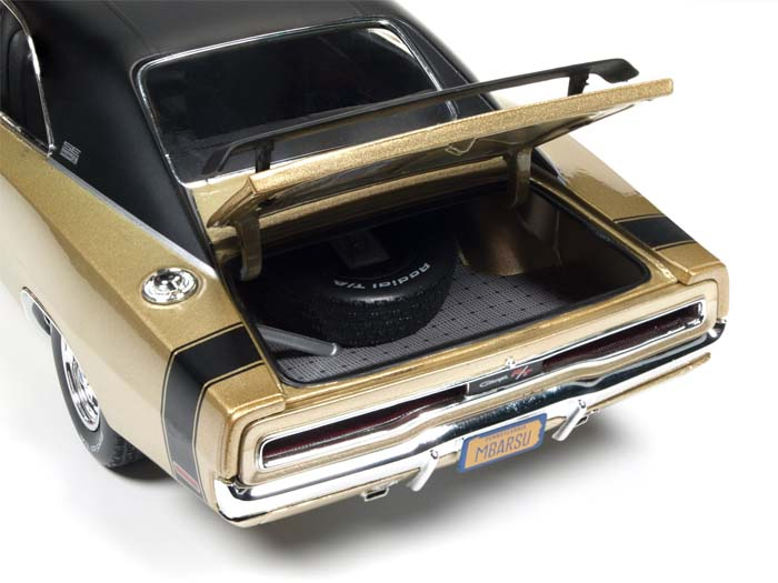auto-world-amm1077-1970-dodge-charger-50th-anniversary-d (9)