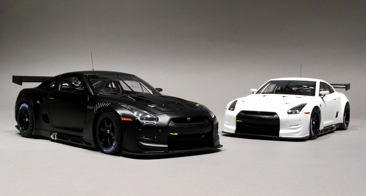 GTR – Matte Black and White