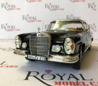 Mercedes Benz 280 se Scale 1.18 by Norev