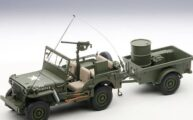 Jeep Willys 1943 Berand:Autoart Scale :1.18