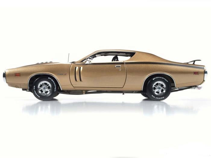 AMM1086-R2-GOLD-1971-Dodge-Charger-RT (9)